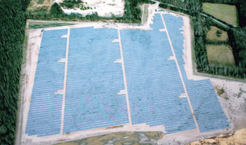 Lincoln Renewable Energy's 12.5-MW NJ Oak solar project covers  100 acres.