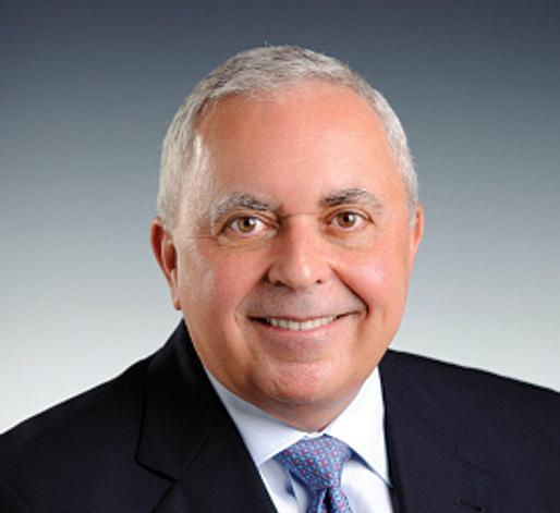 Armando Olivera, Fluor